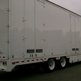 2005 Reconditioned KENTUCKY 53' WHITE HHG FURNITURE VANS
